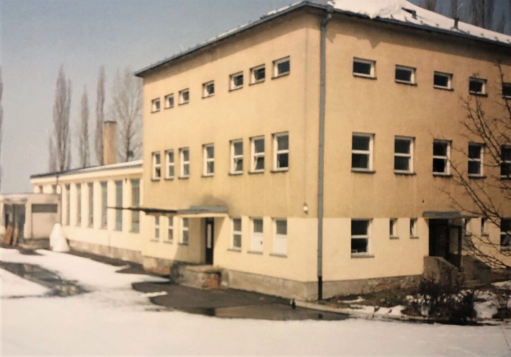 Purchase of land lots and buildings (former bakery) in Hutisko – Solanec
